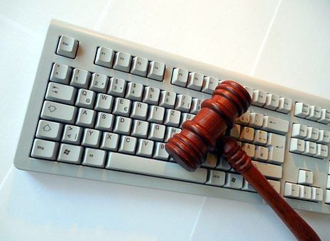Będzie spór o nadzór KRS nad danymi osobowymi w sądach