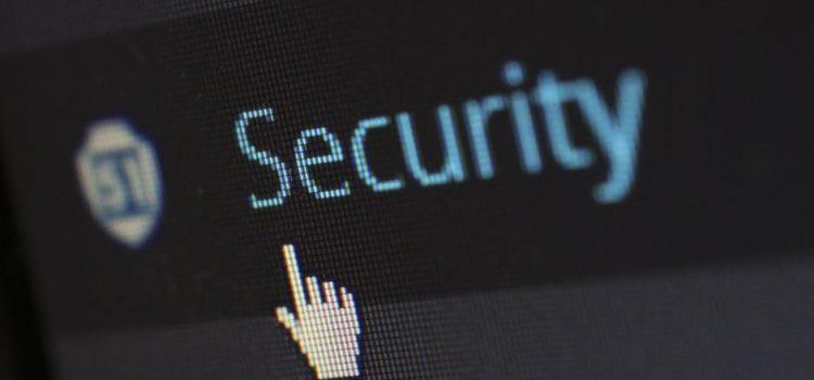 Jak chronić swoje dane osobowe podczas wakacji
